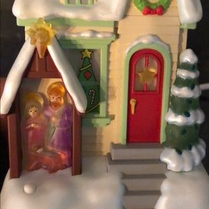 Hallmark Holiday - 🎄RARE 2009 Hallmark Caroling Cottage - Noel🎄